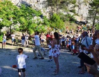 Robion fête ARCL public cerfs volants 4