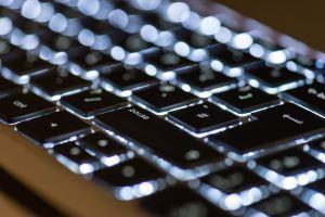 Cours d'informatique , Apprendre à utiliser un clavier, robion, Luberon, Vaucluse