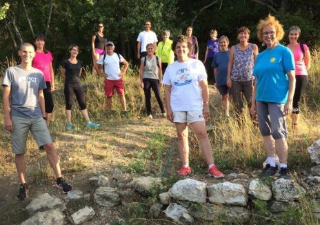 marche active à robion, Luberon, activité sportive (6)