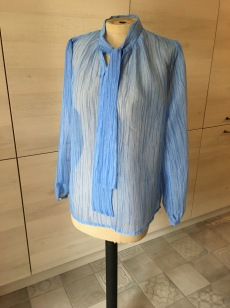chemise blouse cousu à la main à robion arcl