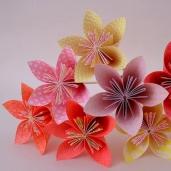 Bouquet_de_fleurs_en_origami_-_Ateliers_